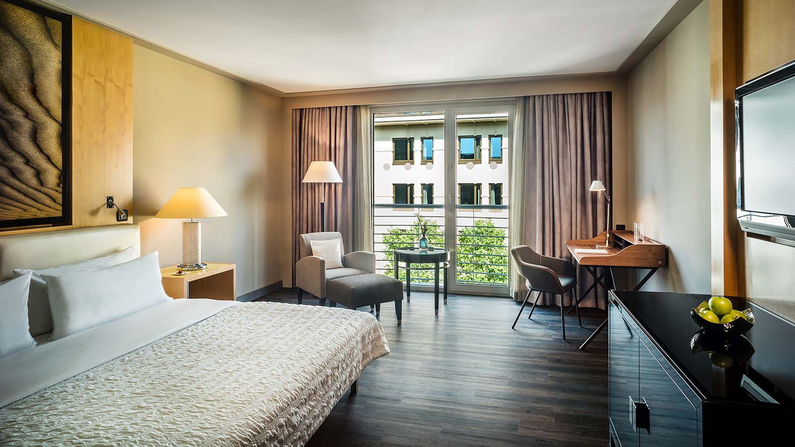 Newly Renovated Deluxe Guest Rooms at Le Méridien Hotel Munich
